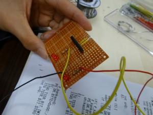 アンプ回路の工作